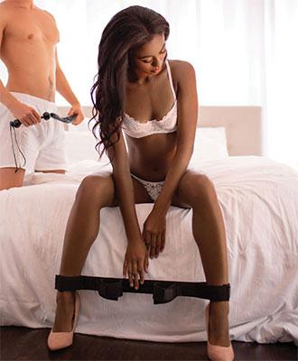 Sportsheets - Bondage Bar