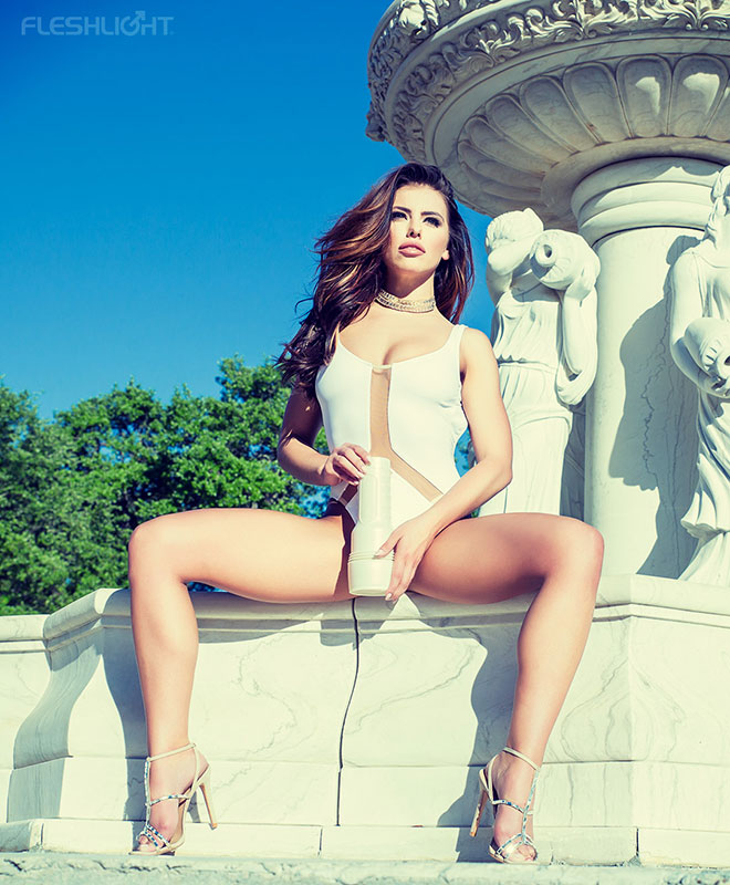 Fleshlight Girls - Adriana Chechik Empress Signature Collection